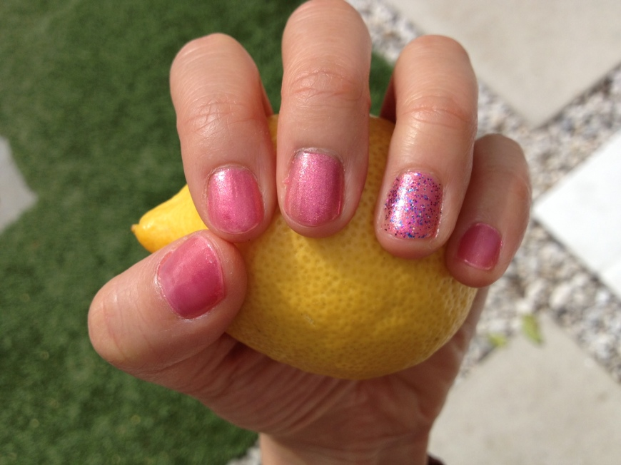 Pink manicure - http://itsjoulife.wordpress.com/2013/03/19/palm-springs-wedding/